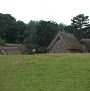 Learning more about how our Anglo-Saxon ancestors may have lived. | ©Weorod 2013